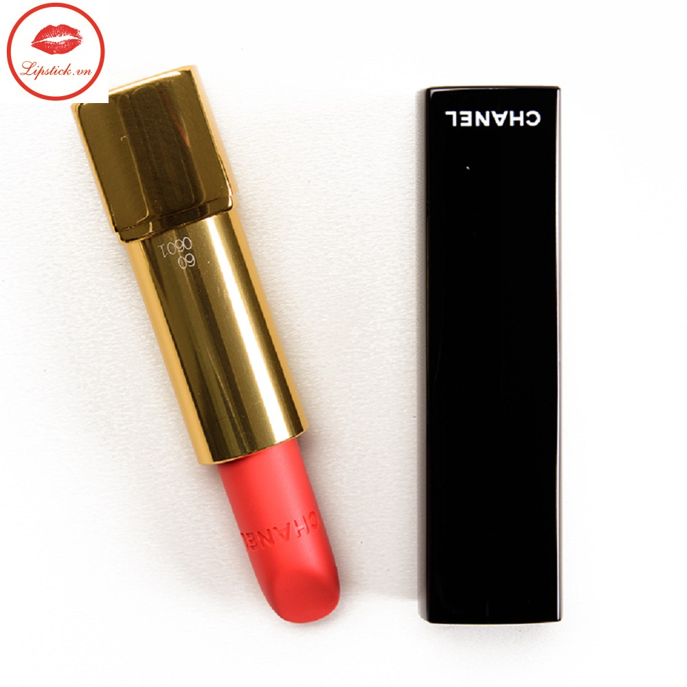 Son-Chanel-60-ROUGE-TROUBLANT