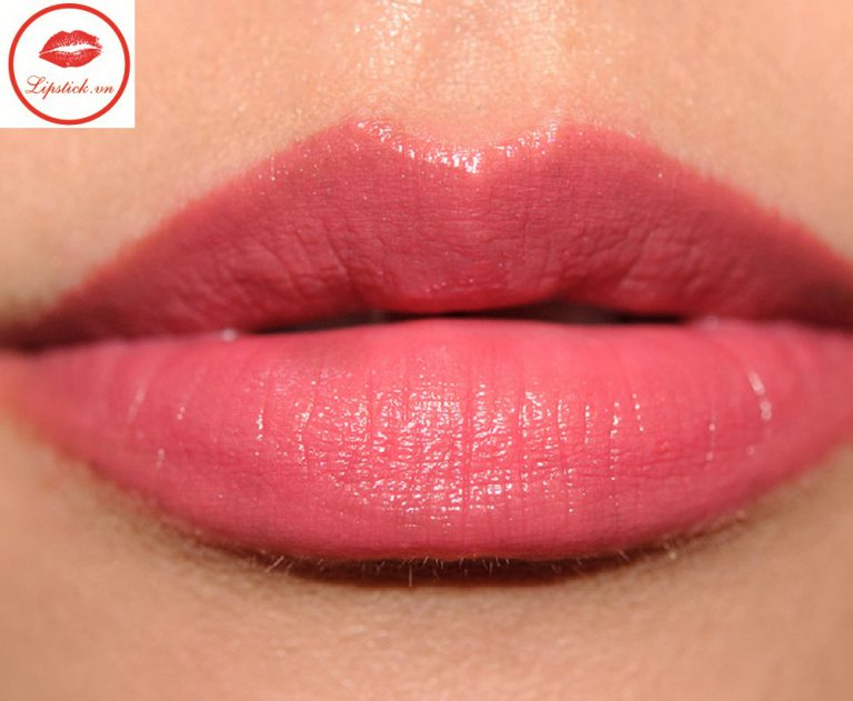 son-chanel-rouge-coco-stylo-216